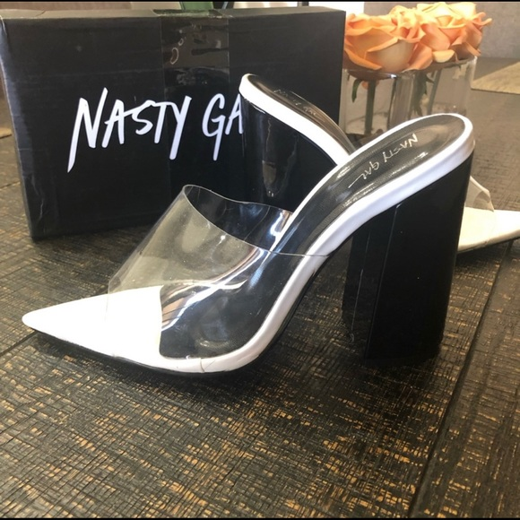 1a8dbed7fcc Clear pointy toe mules